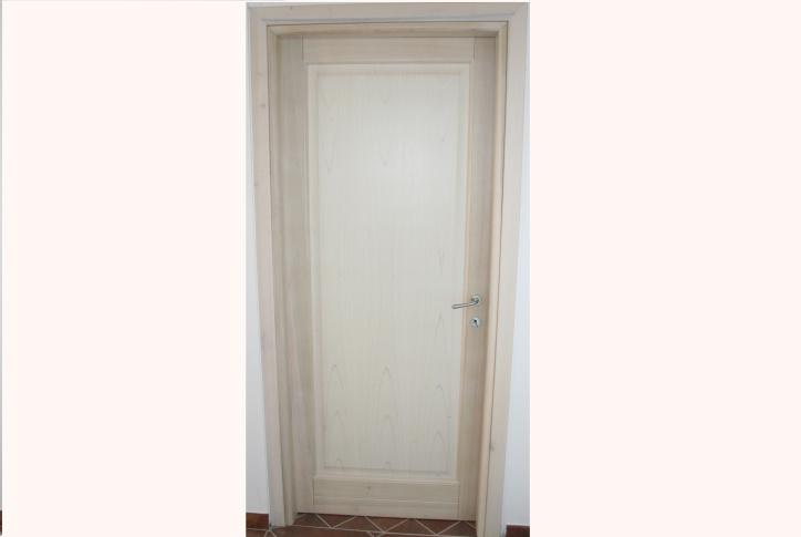 Porte In Legno Massello : Porte in legno massello essebi infissi